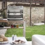 Rauchfreier Grill stilvoll auf der Terrasse