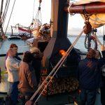 Braai Grill auf dem Segelboot - Seemannsstimmung