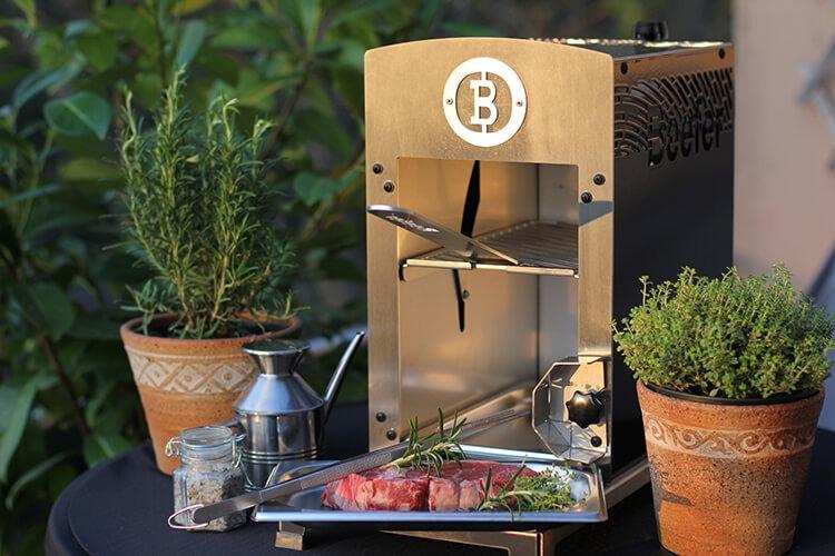 Beefer ONE 800 Grad Grill für die Outdoorküche