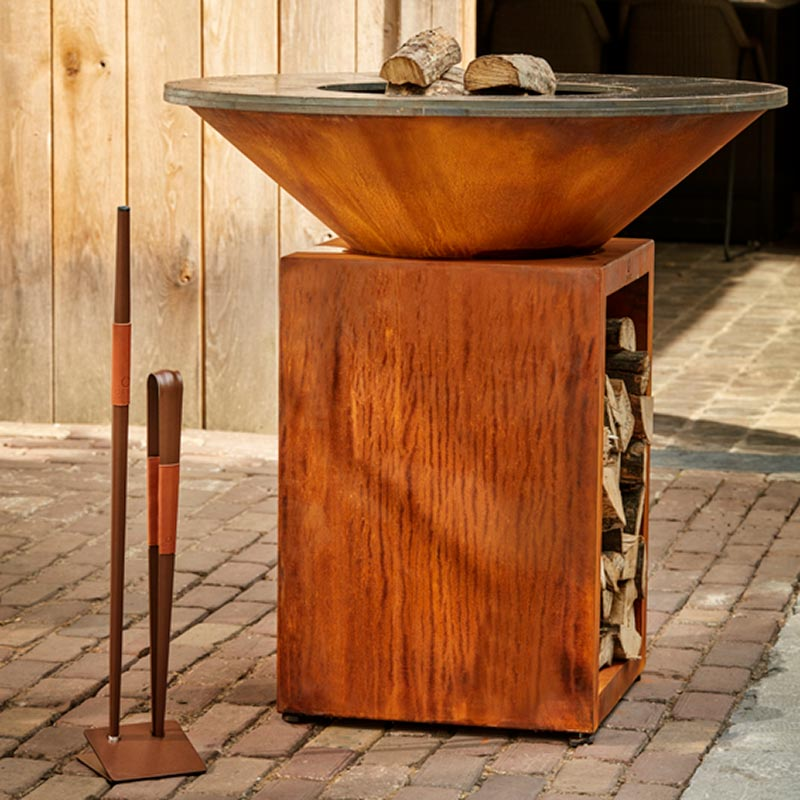 OFYR Grill Corten Größe 100 mit Holzlager
