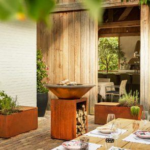 OFYR Grillplatte Gestell Corten 100 Ambiente Terrasse